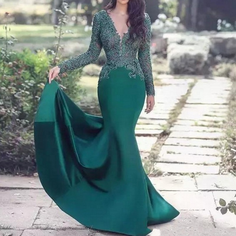 Green Muslim Evening Dresses 2019 V-neck Mermaid Long Sleeves Lace Islamic Dubai Saudi Arabic Elegant Long Formal Evening Gown