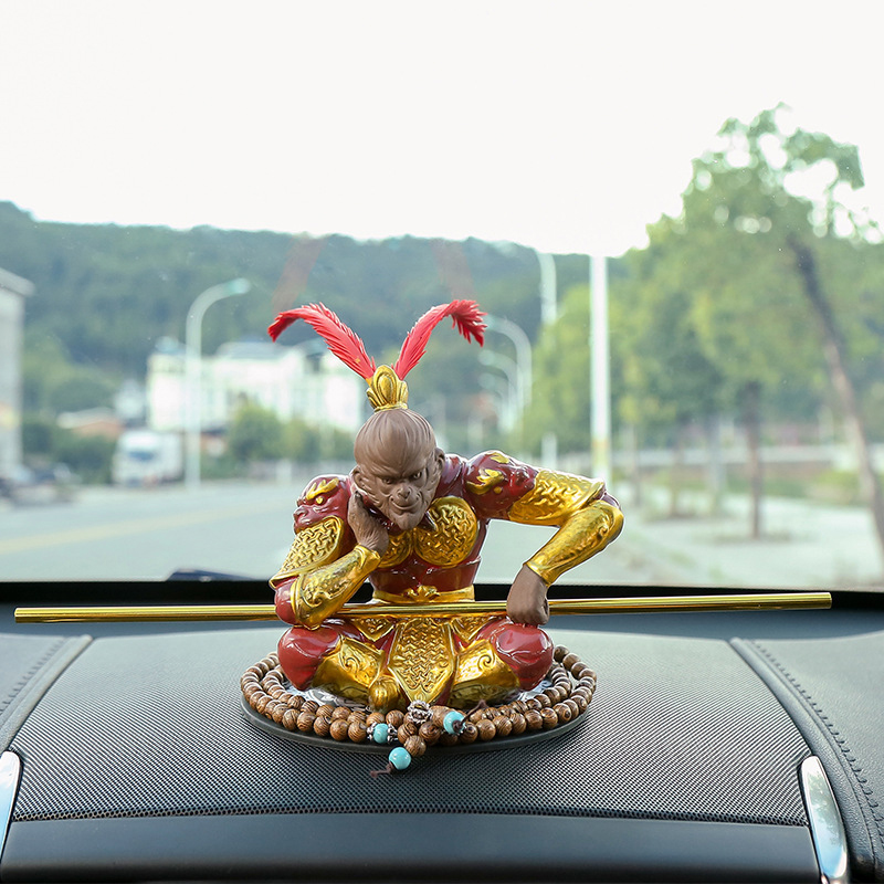 Chine grande sauge égalant le ciel singe roi voiture personnalité créative ornements Auto haute qualité décoration intérieure accessoires