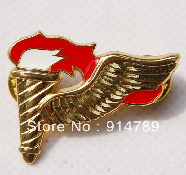 US ARMY AIRBORNE SPECIAL FORCES PATHFINDER METAL WINGS PARACHUTIST BADGE -32187