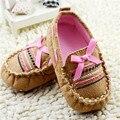 Zapatos recién nacidos brown casual para bebé zapatos de bebé suaves del niño del pre-walker zapatos de cuna de algodón 0-18 m