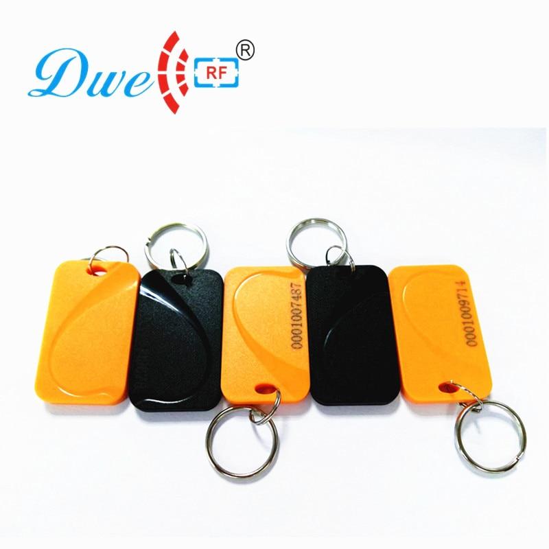 купить DWE CC RF Access Control Cards tk4100 em4100 rf id tag plastic rfid keytag 125khz keychain security по цене 1853.37 рублей