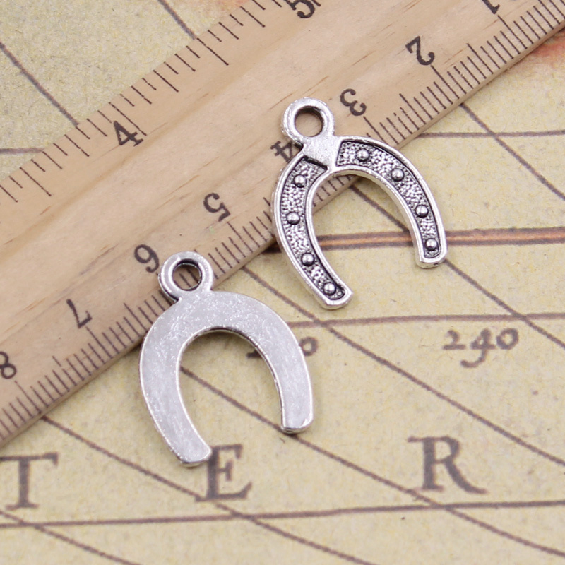 Pack of 20 Antique Silver Horseshoe Pendant Charm Connector 18mm x 12mm Lucky