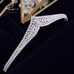 Image 2 - Koreański Brides musujące złote korony ślubne tiary pełna cyrkonia Bridal Hairbands kryształowe akcesoria do włosów biżuteria ślubna do włosów