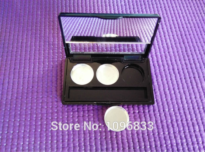 3 Grids Black Eye Shadow Case with Mirror Eyeshadow Case Cap with Window Cosmetic Compact 3