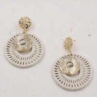 Pendientes de ratán de Color dorado para mujer pendientes de ganchillo redondos hechos a mano pendientes de oreja Vintage martillado joyería de declaración