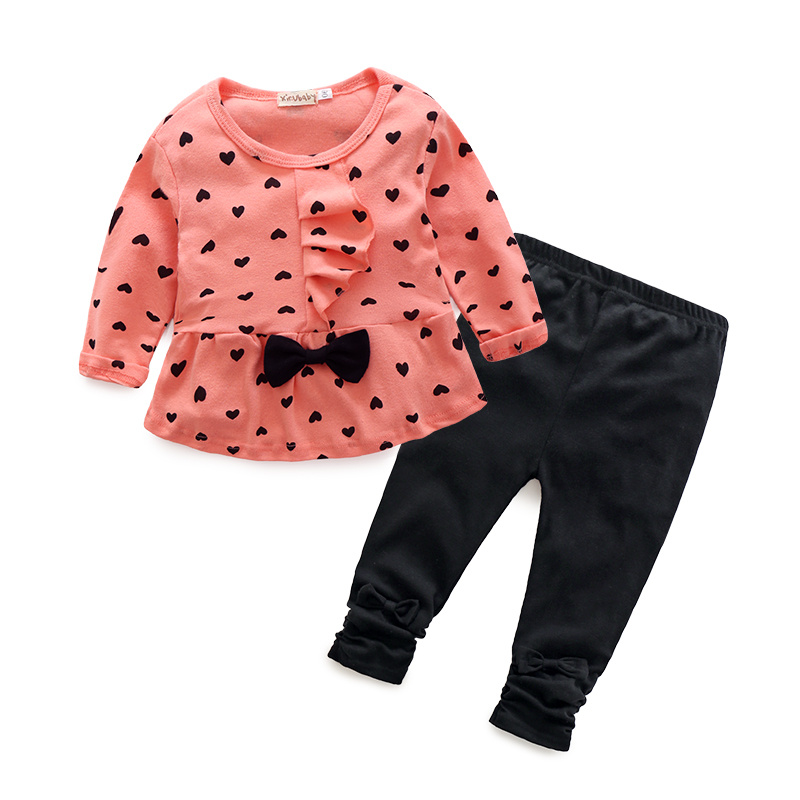 2016 New Baby Girl Sets Heart-shaped Print Bow Cute 2PCS Kids Set T shirt + Pants Cute Princess Kids Clothing Set Free Shipping