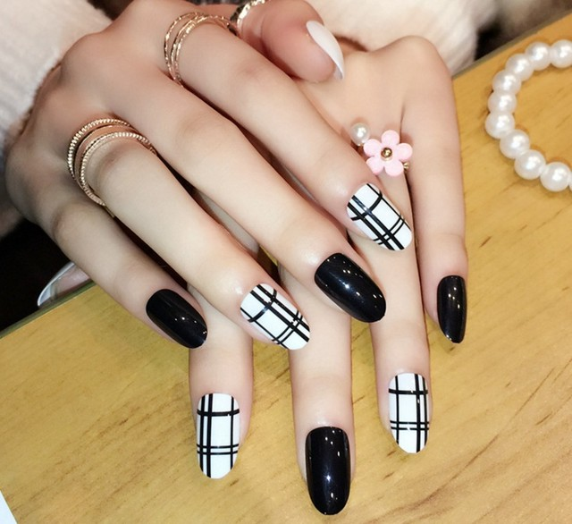 24pcs Cute Fake Nails Full Cover French Faux Ongles Per Set Acrylic ...