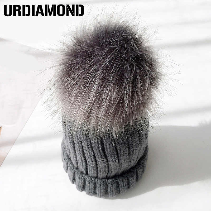 Urdiamond 2018 Winter Hut Für Frauen Pelz Pom Poms Für Mädchen Weiche Warme Nette Skullies Mützen Weibliche Kappe
