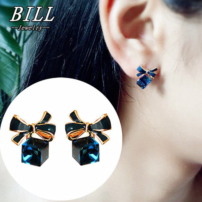 Lower Price with 2018 New Fashion Cute Cat Crystal Stud Earrings Animal Bijoux Bow Gem Earring For Women Charm Wedding Girl Jewelry Stud Earrings
