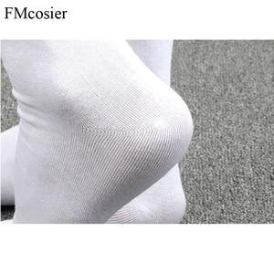 Image 5 - 10 Pairs Frühling Sommer Hohe Qualität Lustige Baumwolle 5 Finger Kappe Kleid Socken für Männer Sokken Socken Schwarz Weiß 39 40 42