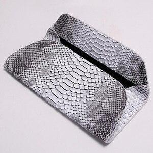 Image 4 - Yirenfang Women Leather Handbags Clutch Fashion Women Messenger Bags Clutch Small Crocodile Pattern Genuine Leather Womens Bag