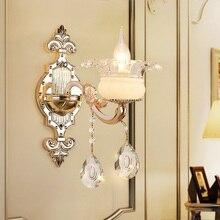 Простой европейский стиль спальни местный номер лестницы кристалл лампы ТВ фоне стены цинковый сплав один двойной свечи бра