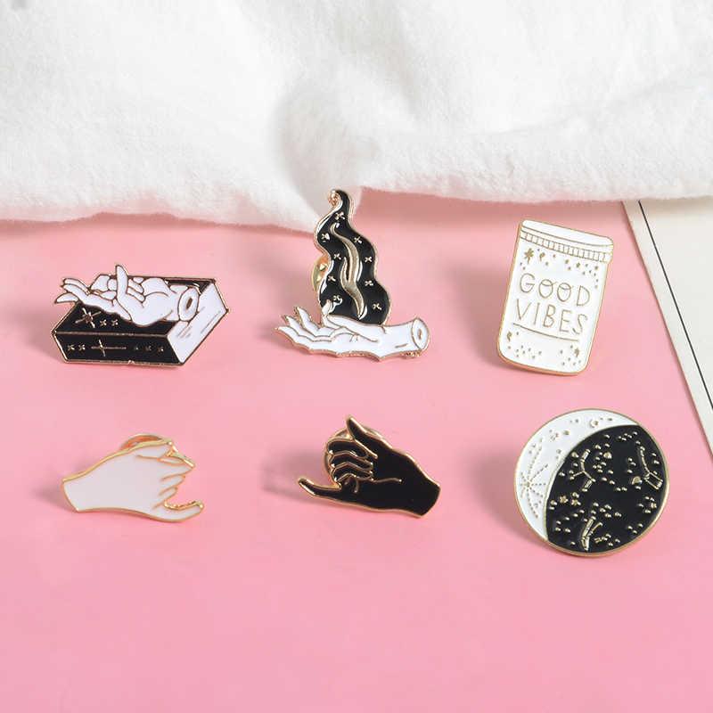 QIHE украшения, ручная коллекция булавок, колдунья, созвездие, лунный теней, колдовские книжки, брошки с пламенем, волшебные украшения