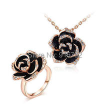 Free P & P ** ROXI-Conjunto de 2 piezas de joyería, collar de cristales auténticos con incrustaciones en forma de Rosa Negra