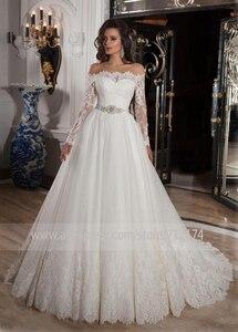 Image 2 - Vestido de novia Vintage de manga larga de encaje de línea a con cinturón de cristal botón de la espalda apliques de la Corte vestido de novia de tren