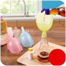 2PCs Plastic Funnels Kitchen Tool Gadget Foldable Accessories For Oil Gel Filling Empty Bottle