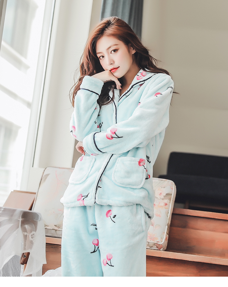 Plus Size 3XL 4XL 5XL Pajamas for women 2019 Winter Thicken Flannel pyjamas Long-sleeve lovely Sleepwear Coral Fleece Nightgowns 188