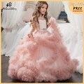 2017 Novos Vestidos Da Menina de Flor Nuvem de Blush Rosa vestidos de Primeira Comunhão Vestidos Para Meninas vestido de Baile Frisada Pageant Vestidos Vestido De daminha