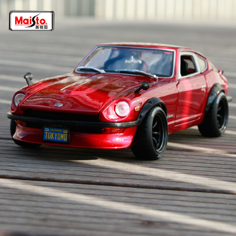 Maisto <font><b>1:18</b></font> 1971 <font><b>Nissan</b></font> Datsun 240Z Devil's edition Red Sports <font><b>Car</b></font> <font><b>Diecast</b></font> Model <font><b>Car</b></font> Toy New In Box Free Shipping NEW ARRIVAL image