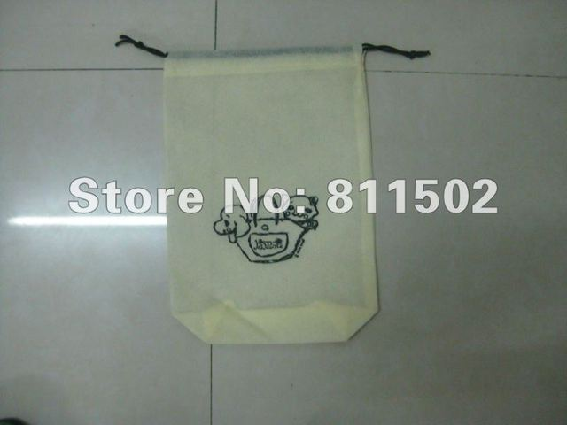 Super cheap  non-woven  beam pocket    40g  Beige printing black    Promotional gifts+eco-friendly