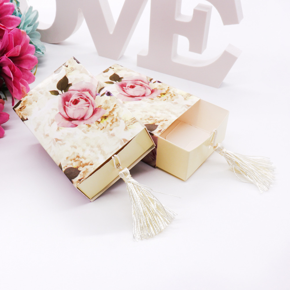 Image 3 - 50 pcs /lot wedding gift package paper  candy box Drawer Shape Favor Box Travel Candy Box Flowers Wedding Favors Gift Box-in Gift Bags & Wrapping Supplies from Home & Garden