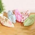 DreamShining 2 Pcs Estilo Fresco Grosso Sapato Tecido Cobre do Agregado Familiar Pode Ser Lavado Repetidamente Respirável Não-Deslizamento Sapatos Cobrir