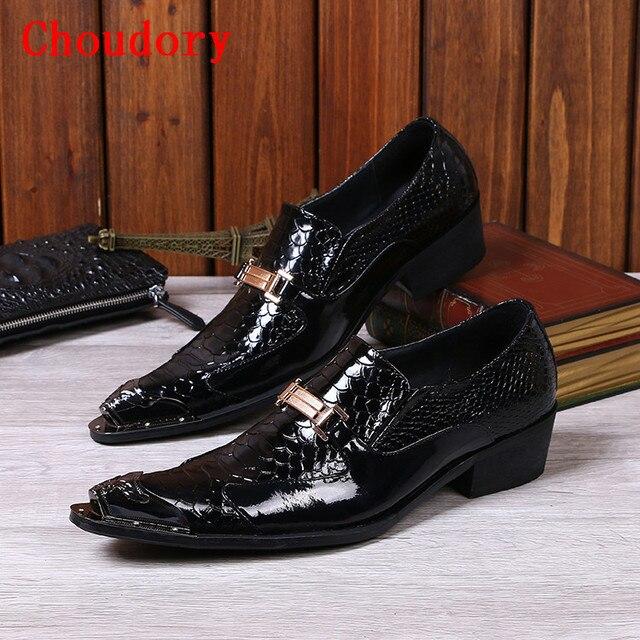 05ff1c506c00b Hombres de la moda de Charol Negro Vestido Mocasines Italianos de Los  Hombres Resbalón En los