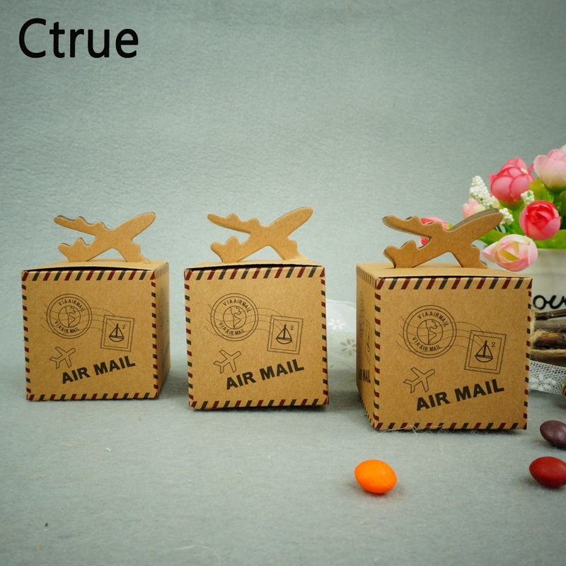 50pcs/lot 6cm*6cm Vintage Kraft Paper Candy Box Air Mail Wedding Favor Boxes for Travel Theme Wedding Decoration Mariage