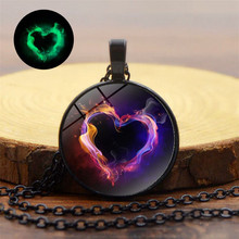 Metal Burnuing Heart Glass Pendant Necklace Customize Love Luminous Glow In Dark Round For Family Friend Personal Gift