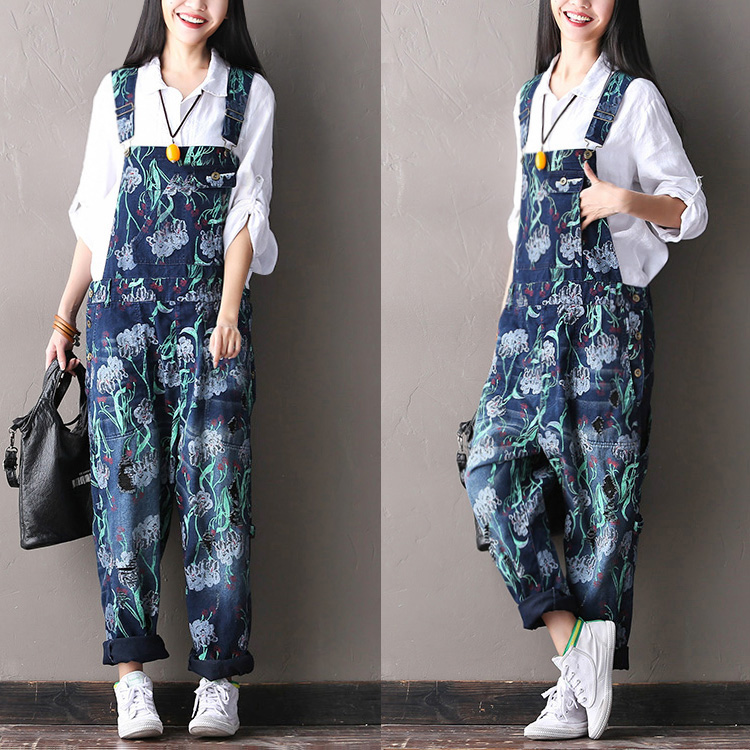 2017 female new spring fashion flower print bib jeans pants casual hole all-match pants bazaleas flower embroidered mom jeans female blue casual pants capris spring pockets jeans bottom casual pant