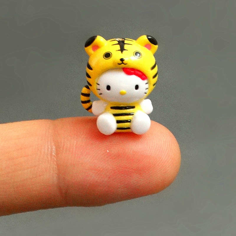 Image 2 - 100pcs/lot 1.5 2.5cm Mini Hello Kitty Action Figures Plastic PVC Christmas Toy Kids Home Cake Decor Collectible Toys S4272Action & Toy Figures   -