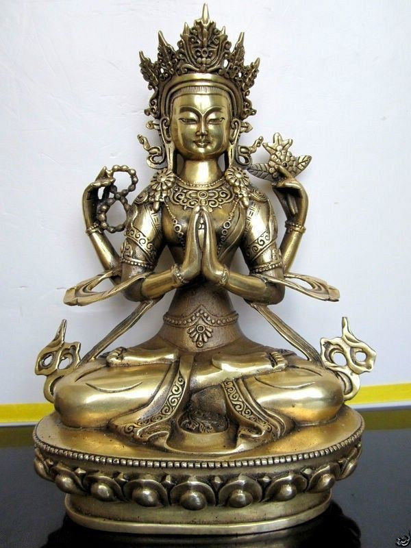 8.07inch/ The ancient Chinese copper four arm guanyin white tara Buddha in Tibet8.07inch/ The ancient Chinese copper four arm guanyin white tara Buddha in Tibet