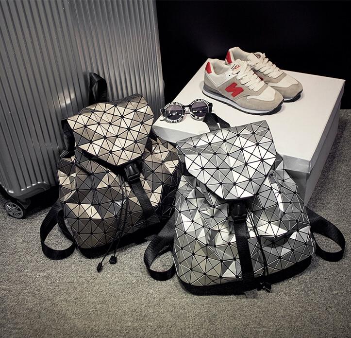 Kisumater Luminous Backpack Ny kvinde rygsæk Geometrisk Lattice laser sølv taske logo Noctilucent rygsæk høj kvalitet