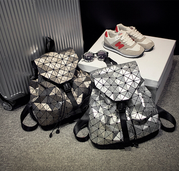 Kisumater Luminous Backpack New women backpack Geometric Lattice laser silver bag  famous logo Noctilucent backpack 23 Colors honda odyssey