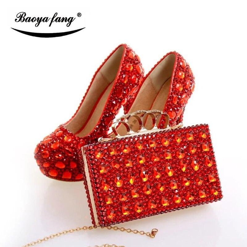 Luxus Red cyrstal hochzeit schuhe mit passenden taschen frau mode schuhe High heels Frauen party kleid schuhe Plattform schuhe-in Damenpumps aus Schuhe bei  Gruppe 3