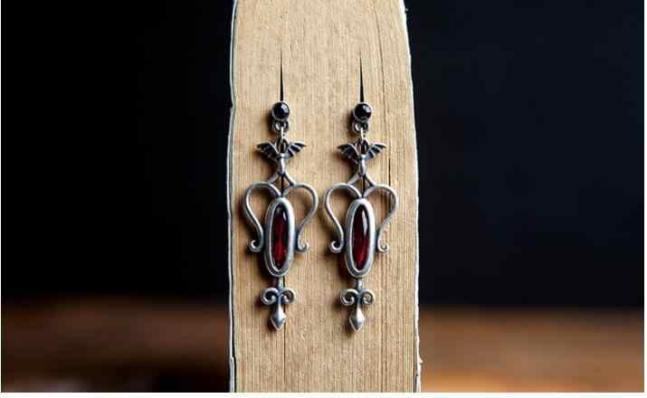 Gothic Punk Stil Vintage Echt 925 Sterling Silber Roten Kristall Ohrringe Bat Ohrringe Für Frauen Partei Schmuck