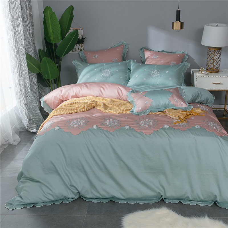 100%Cotton Pink Blue Cute Girls Bedding Set Queen King size Lace Royal Bedding Sets Bed Sheet/Linen Set Duvet Cover 40100%Cotton Pink Blue Cute Girls Bedding Set Queen King size Lace Royal Bedding Sets Bed Sheet/Linen Set Duvet Cover 40