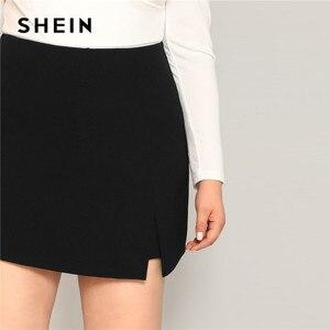 Image 5 - SHEIN 黒カジュアルスプリット詳細女性プラスサイズのショートスカート 2019 夏ジッパーバックミッドウエストショートパンツ