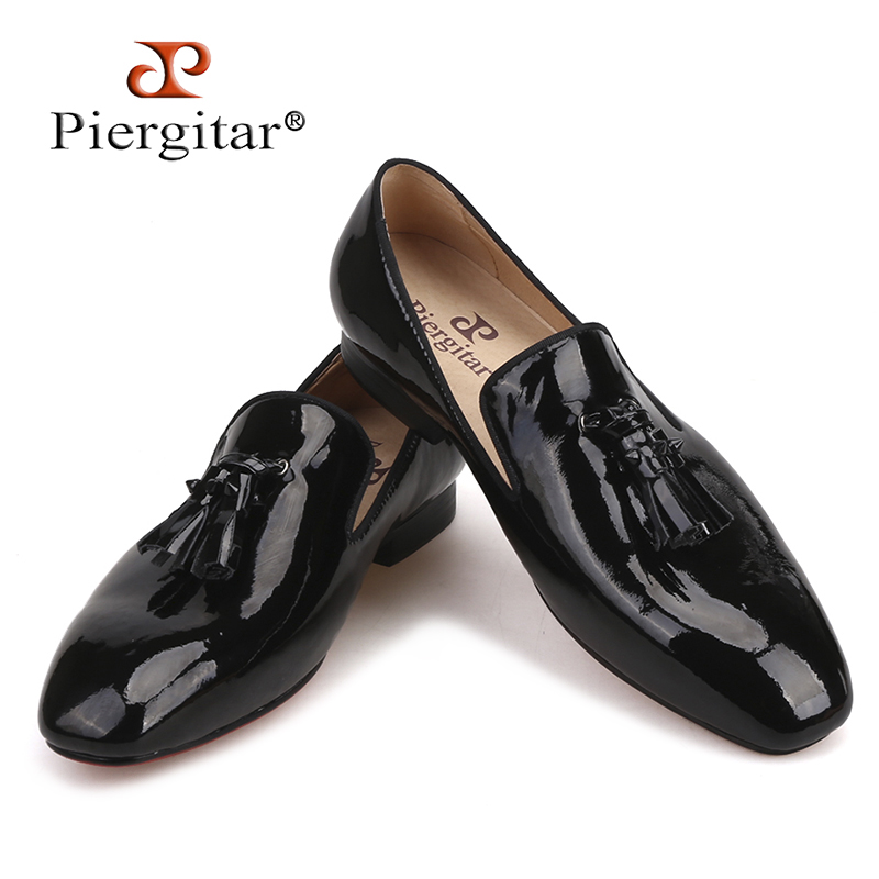 Piergitar New Handmade men leather shoes with leather spikes tassel Fashion Party and wedding men's loafers plus size male flats 2016 new fashion embroidery genuine leather man shoes handmade wedding and party male loafers men flats size 39 47 free shipping