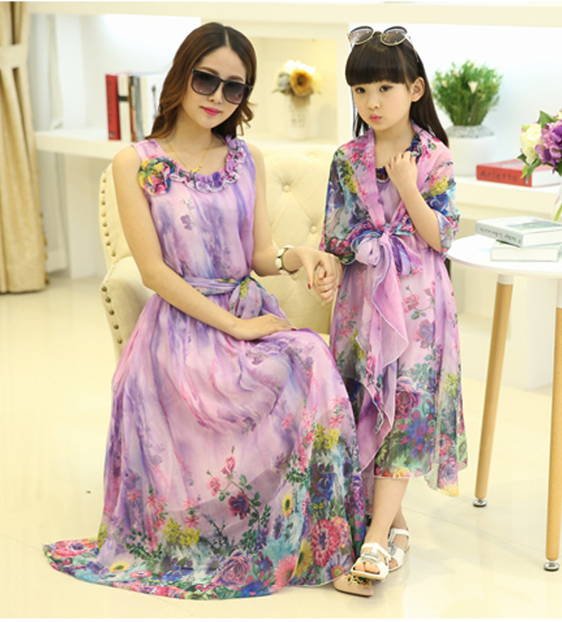 9fe8373db5 2019 summer style babymmclothes mom and daughter dress mommy and me clothes  maxi dress matching mother and daughter clothes-in Matching Family Outfits  from ...