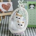 Gatinho com a cesta de simulação Pingente Pequeno gato Animais De Pelúcia Presente 2 peças/set