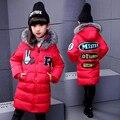 Alta Qualidade Crianças Mais Quentes do Inverno Dos Miúdos Menina Imitado Parka Down Jacket Com Capuz Carta de Impressão De Pele Casaco Outerwear do Inverno Da Menina