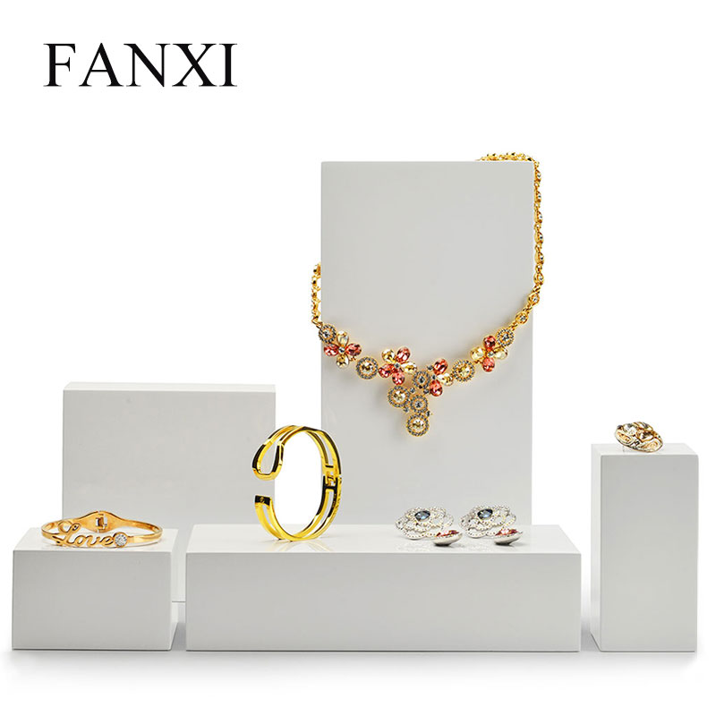 FANXI New Product White Jewelry Display Table Set Wooden Ring Bracelet Display Stand Earring Pendant Holder Box For Showcase