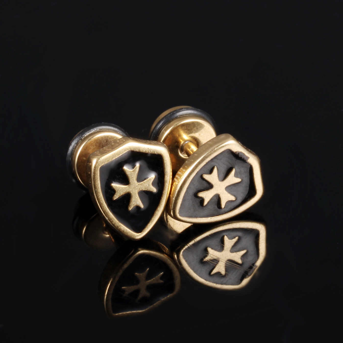 samll Cool Man Cross Stud Earrings For Men Punk Style Gold Ptelad Stainless Steel Earring Fashion Men's Jewelry Anti-allergy