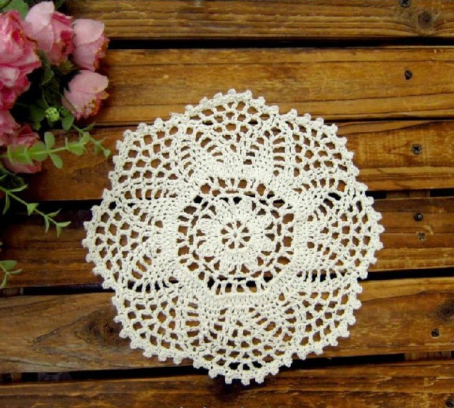 Crochet Doilies Pineapple Flower Wedding Round Tablemats Vintage