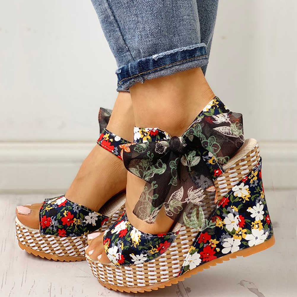 Sandalias de tacón alto con diseño de flores de INS, zapatos de cuña de ocio para mujer, sandalias de verano 2019, zapatos de tacón alto con plataforma de fiesta estilo bohemio para mujer