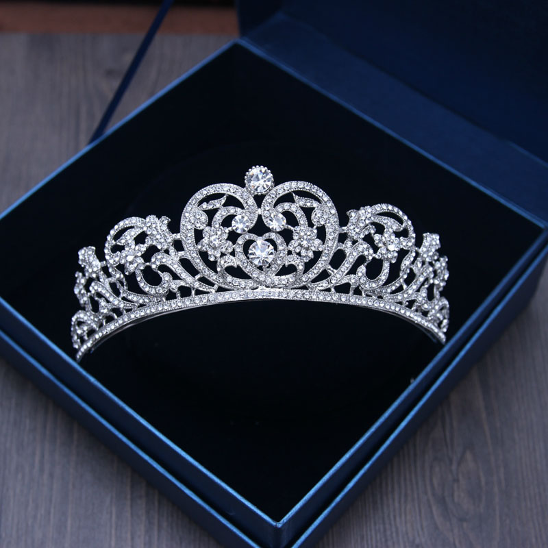 Charm Bridal Tiara Crown Clear Crystal Rhinestones Women Handmade Hairwear Brides Diadem Pageant Crowns tiara de noiva