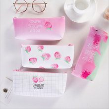 1X Kawaii Creative strawberry leather pencil case Storage Organizer Pen Bags Pouch Pencil Bag School Supply Stationery