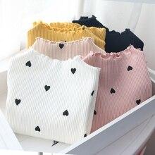 Топы с длинными рукавами для девочек, милые повседневные Осенние Топы с сердечками, футболки с круглым вырезом, обычные рубашки для малышей, Корейская одежда для малышей возрастом от 3 до 8 лет