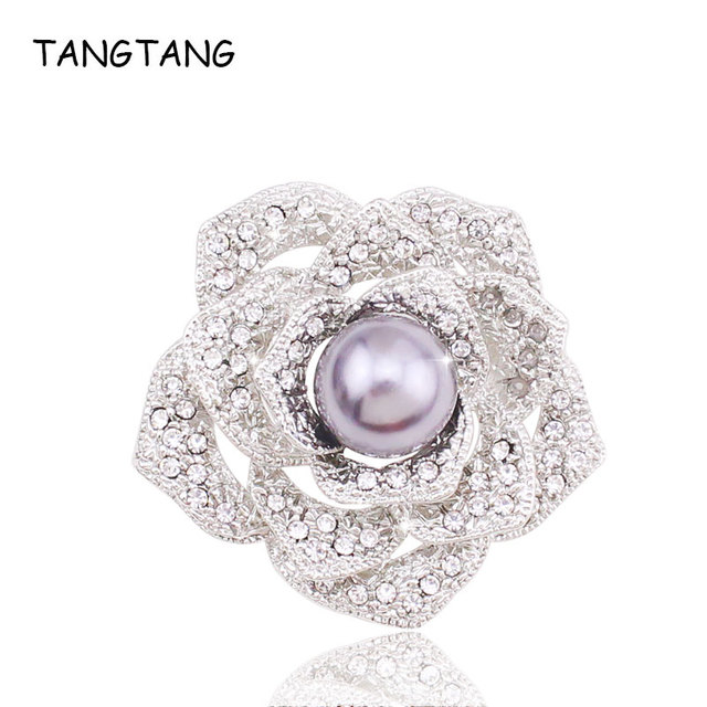 2018 New Elegant Paved Rhinestone Austria Crystal Flower Brooches Pins For Women  Big Pearl Scarf Coat 1fb06bae322b